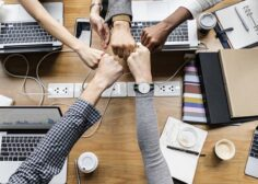 https://www.advancecareer.com.cy/wp-content/uploads/2021/04/colleagues-giving-fist-bump-236x168.jpg