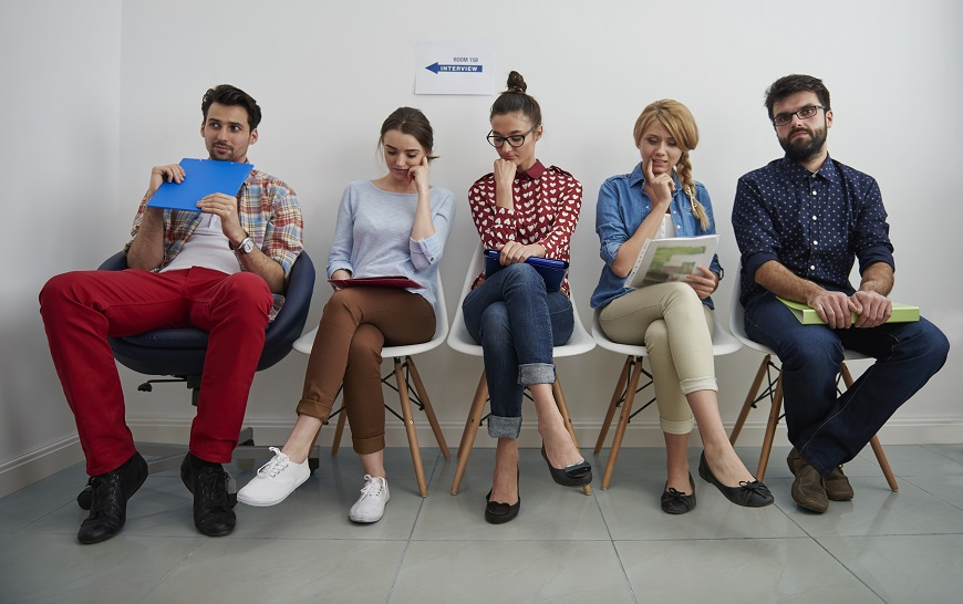 15 HR Experts Explain How Job Applicants Can Stand Out