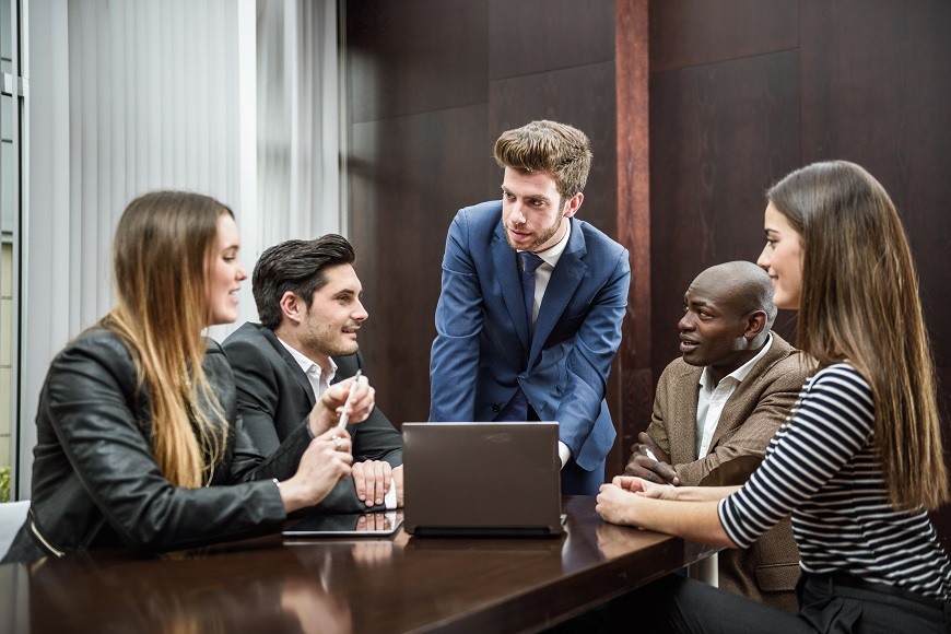 How To Lead Meetings That Work For Introverts, Extroverts And Ambiverts